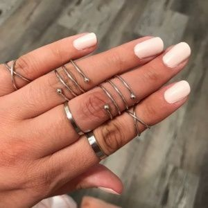 Jewelry - NEW Midi Geometric Stackable 6 Piece Ring Set